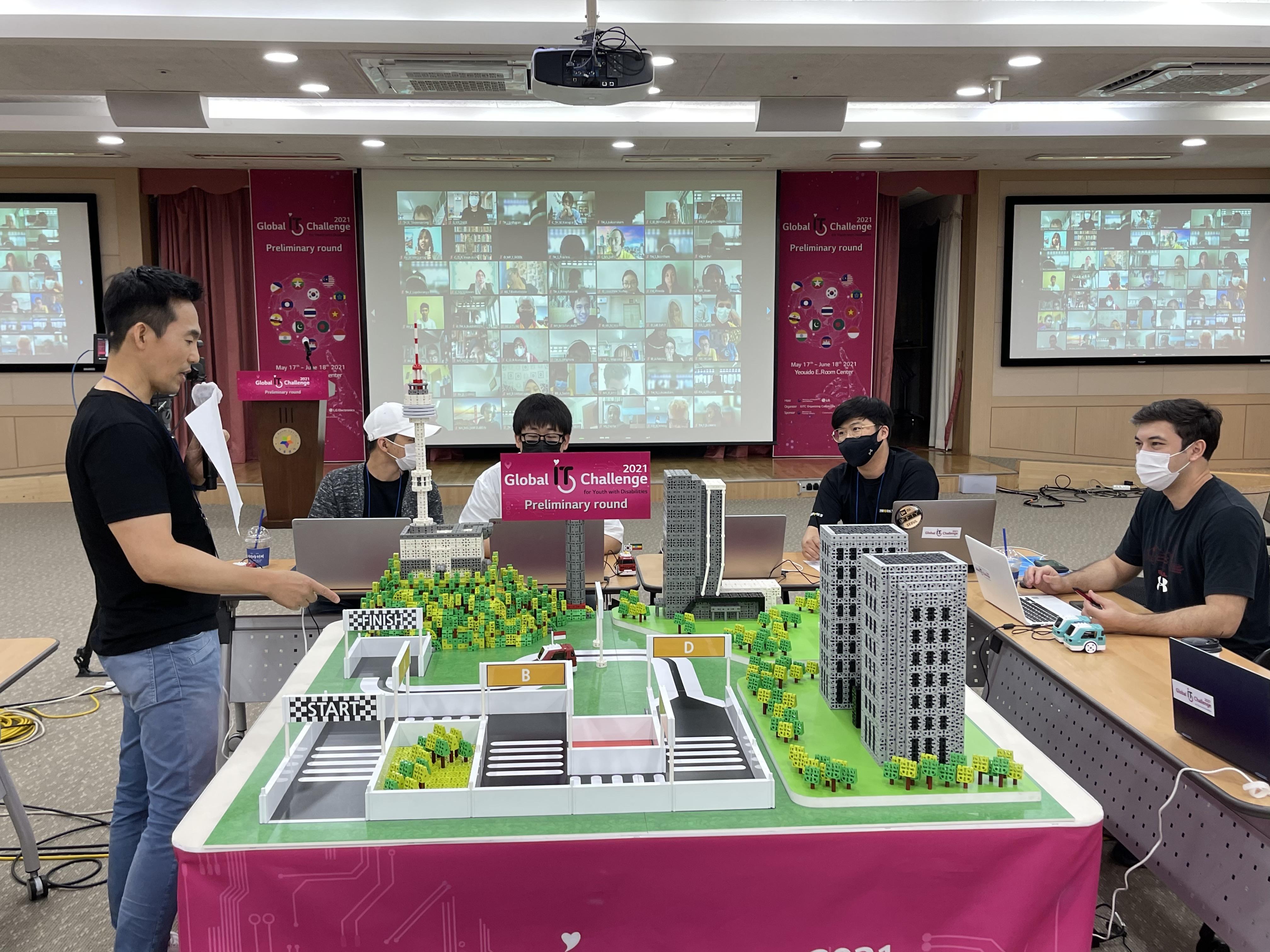 """""""Хөгжлийн бэрхшээлтэй залуусын IT-ын Дэлхийн сорилт-IT паралимпиад 2021"""" тэмцээний эцсийн шатны шалгаруулалт болно"""